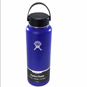 NWT Hydroflask 40 oz. wide mouth bottle